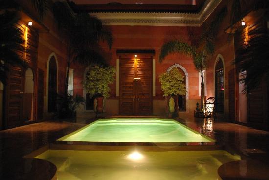 Vivre des festivals en r sidant dans un riad marrakech for Riad marrakech piscine chauffee
